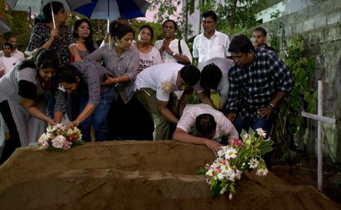 Sri Lanka graves